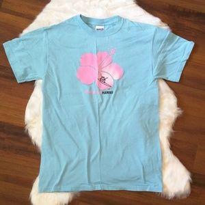 Gildan light blue t-shirt Waikiki beach size small